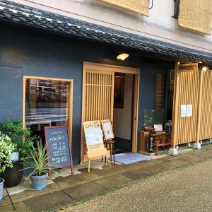 『ギャラリーカフェ narairo』橿原神宮参道沿いにあるオシャレな貸しギャラリーとカフェのお店