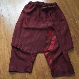 着物リメイク。家ではめっちゃ楽なパンツ!お出かけ時にはオーバースカートを巻いてGO!