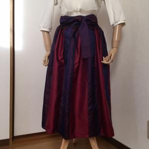 着物リメイク❤︎雨コートで作る光沢あるギャザースカート