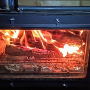 薪ストーブ初点火と鹿肉