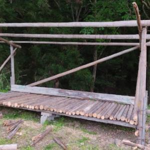 残りは、一人で完成させました。 薪小屋新築