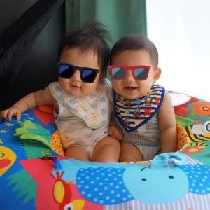 生後7ヶ月、双子が兄弟らしくなってきた