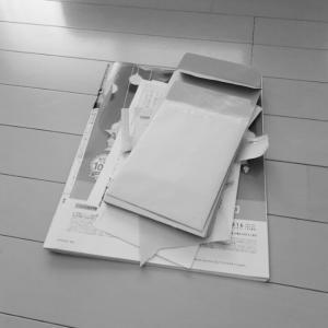 おうちクリーニング・床拭き・服の整理・紙類の整理
