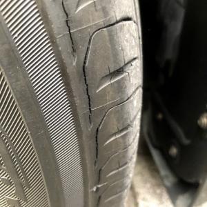 タイヤを変えると、こんなに乗り心地が変わるかと・・