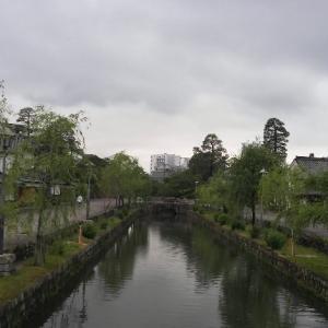 倉敷美観地区はひっそりしてます。