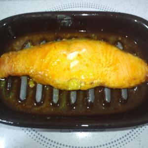 電子レンジで魚が調理できる器具を試しました