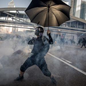 香港デモは民主主義を支持しているものだと思いますか?