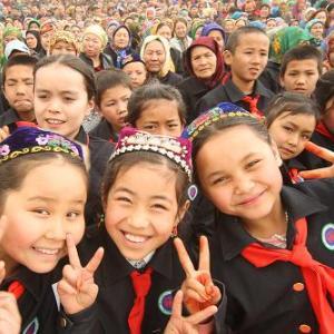 新疆ウイグル人が中国政府によって弾圧されて100万人が強制収容所に入れられているという話は欧米が作り上げたデマです。