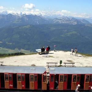 2006中欧魅力の街巡り【ザルツブルグ②】映画『サウンド・オブ・ミュージック』の世界、登山列車でザルツカンマーグートへ、ピクニックランチ