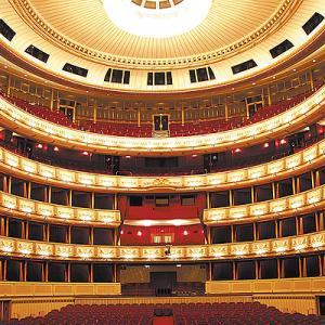2006中欧魅力の街巡り【ウィーン②】ベルデベーレ宮殿など街観光、夜はウィーン国立歌劇場でMozart のオペラ「魔笛」