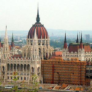 2006中欧魅力の街巡り【ブダペスト③】旅の最後は、王宮、鎖橋、ゲッレールトの丘など精力的に見て回り、良き思い出とともに帰国の途へ