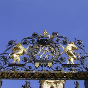 2004冬の中欧・オペラとビール三昧⑦ プラハ郊外のモーツアルトの家「ベルトラムカ」訪問、カフェ・スラヴィア、またまたビアホール