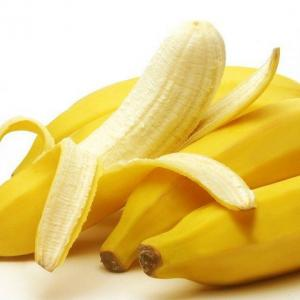 バナナでホクロが薄くなる?