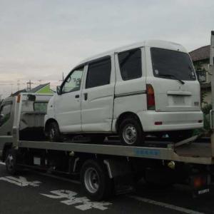 渋川市からレッカー車でパンクの不動車を廃車の引き取りしました。
