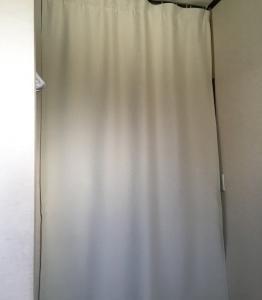 断熱カーテン洗濯とジェンちゃん思い出