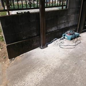 駐車場のフェンスの交換 もやっております