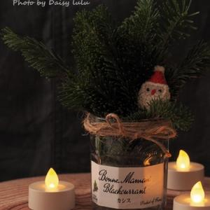 今年も、クリスマスリースを作ったの。