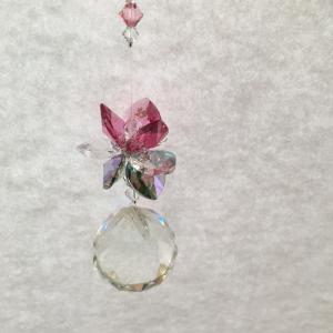 蓮の花のサンキャッチャー