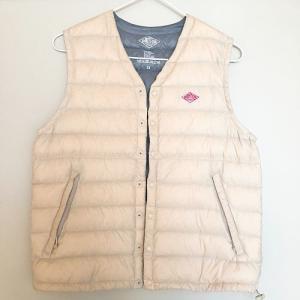 冬一番着る服 DANTONのインナーダウンベスト。