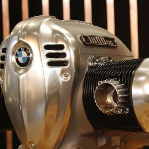 BMW1800ccボクサーエンジン発表