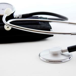 【医師・看護師・学生】長く使える…!¥15,000以下で買えるスタンダード聴診器まとめ【おすすめ人気ランキング】