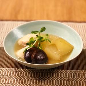 梅雨時におすすめの薬膳料理 〜鶏肉と冬瓜のとろとろ煮