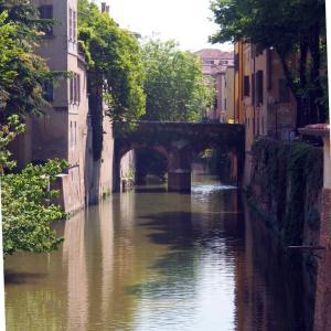 イタリア・マントヴァ  中世の橋?!