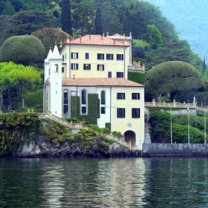 イタリア・コモ湖 セレブの嵐  !!!