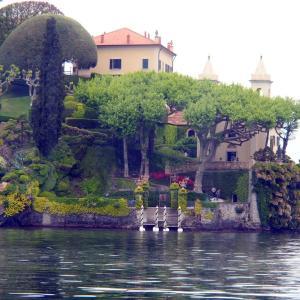 イタリア・コモ湖 どこから見てもセレブ♪