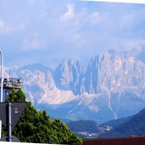 イタリア ・ ボルツァーノ 駅前の噴水事情