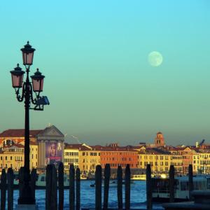 イタリア・ヴェネツィア コロナ終焉をお祈りしてーー美しいサルーテ教会ーー