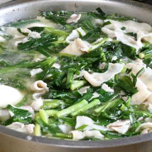 今日の昼飯と晩飯「豚バラ肉とニラの味噌汁」