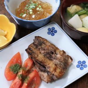 今日の晩飯「カジキマグロのシンプル焼き」