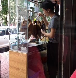 売り切れ御免!大埔で27年続くガチョウの醤油煮込み「榕基滷水」☆Yung Ki Lo Mei Shop in Taipo