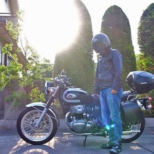 バイクに乗るときの服装選びが難しい
