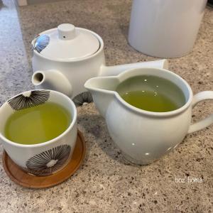 急須と茶海で入れるお茶。在宅ワークに癒しのひとときを♪