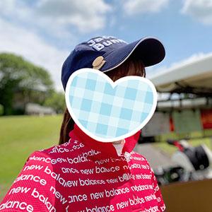 ゴルフ場って赤が映えるね!赤いゴルフウェアが着たいこのごろ。