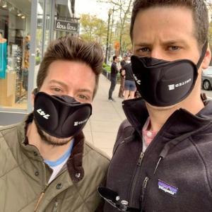 アメリカらしい?真面目にマスクの代用品