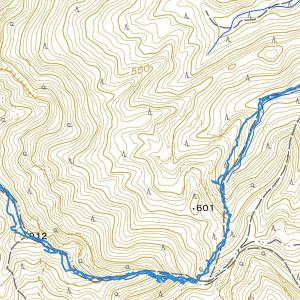 南登山道で三ツ瀬明神山へ