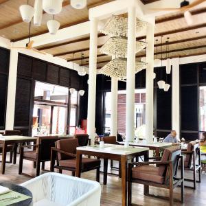 スリランカ&モルディブ旅行記4日目朝食とランチはビュッフェレストラン o(^o^)o