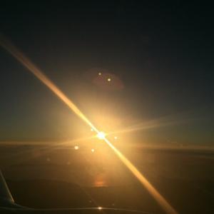 雲の上の夕陽・・・綺麗です