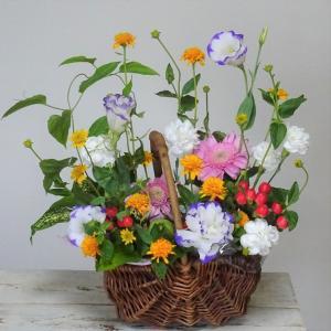 〇バスケットに夏のお花をリメイク