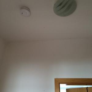 火災報知器(煙警報装置)Rauchwarnmelderが取り付けられました!