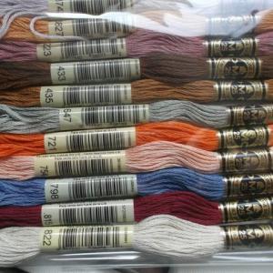 やっと刺繍糸が来ました