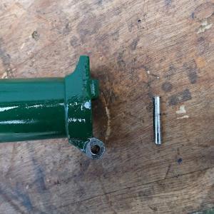 BROMPTON ジャンクフレームの修理