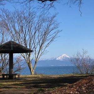 久しぶりの投稿☆今日は青空と琵琶湖に元気をもらいました♬