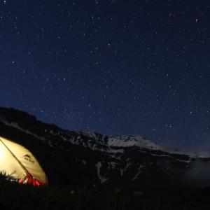 久し振りのテント泊の夕べ