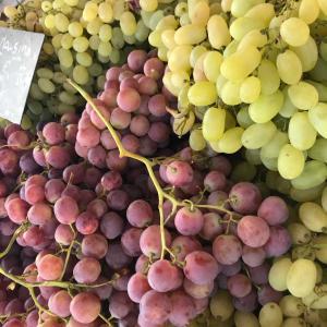 マルシェで秋の果物買った