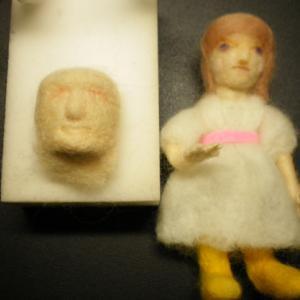 お人形は顔が命