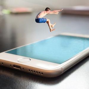 新発売のiPhone13は「楽天モバイル」でiPhone12は値下げ